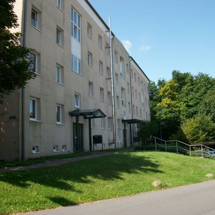 Rent this 2 bed apartment on Flemminger Weg 131 in 06618 Naumburg (Saale), Germany