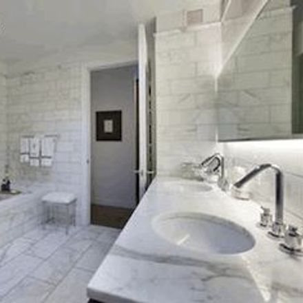 Rent this 1 bed apartment on 226 5th Avenue in New York, NY 10001