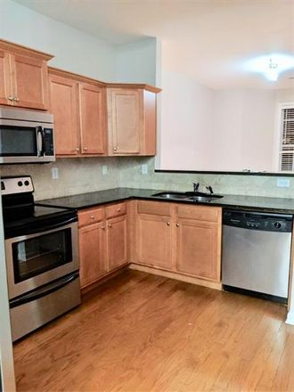 Rent this 3 bed townhouse on Atlanta