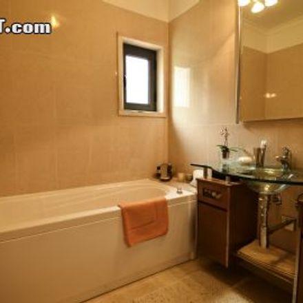 Rent this 3 bed apartment on 2755-522 Cascais e Estoril
