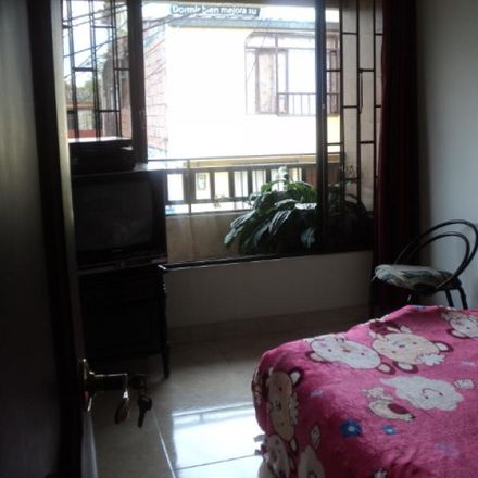 Rent this 3 bed apartment on Portal de San Joaquin I in San Joaquín, Vertiente Oriental