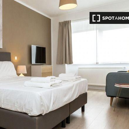 Rent this 2 bed apartment on Avenue Michel-Ange - Michel Angelolaan 76 in 1000 Ville de Bruxelles - Stad Brussel, Belgium