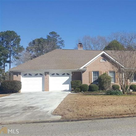 Rent this 3 bed house on Sandtrap Way in Warner Robins, GA