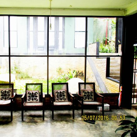 Rent this 1 bed house on Jayantha Furniture in Colombo - Kandy Road, Deiyannewela