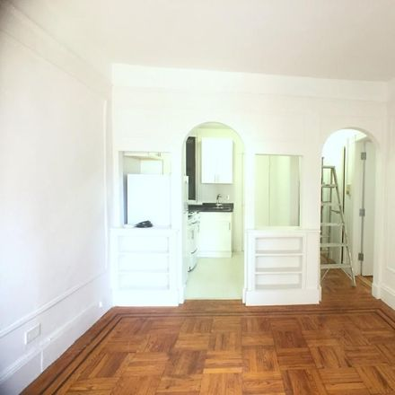 Rent this 2 bed apartment on 509 East 85th Street in New York, NY 10028
