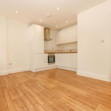 Rent this 2 bed apartment on Staff in Walton Street, Aylesbury HP20 1XF