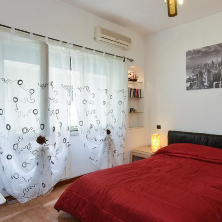 Rent this 3 bed room on Titanic in Via Val Cristallina, 00141 Rome RM