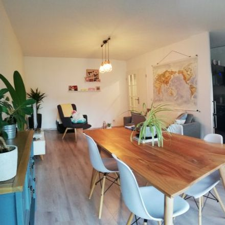 Rent this 2 bed apartment on 33 Rue du Bastion Saint-André in 59000 Lille, France
