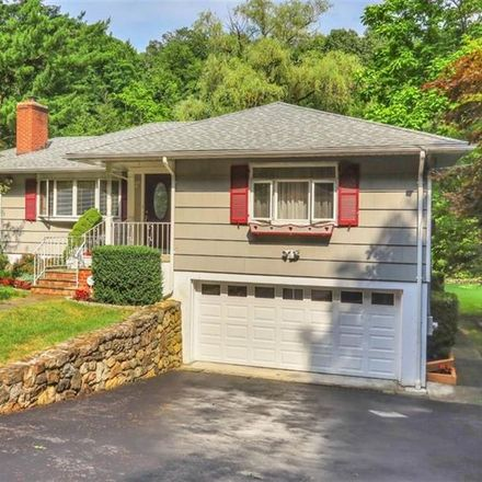 Rent this 3 bed house on Hardscrabble Road in Town of New Castle, NY 11562