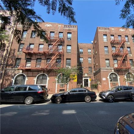 Rent this 4 bed condo on 45th St in Brooklyn, NY