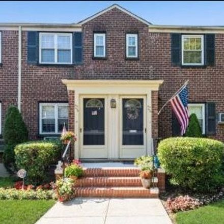 Rent this 2 bed condo on 73rd Ave in Oakland Gardens, NY