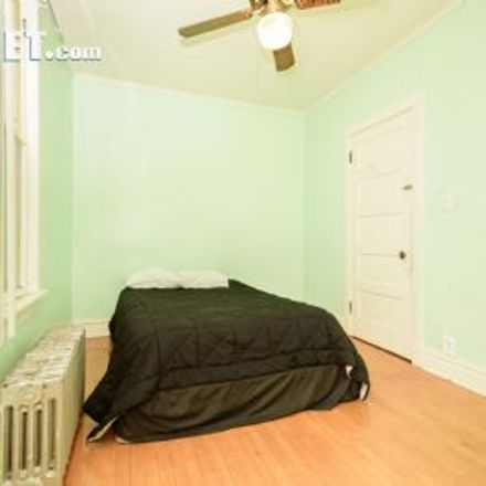 Rent this 2 bed apartment on 2960 North Lawndale Avenue in Chicago, IL 60618