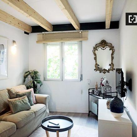 Rent this 2 bed apartment on El Bosque Encantado in Calle de Antonio López, 246