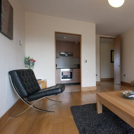 Rent this 2 bed apartment on St Michael's College in Ailesbury Road, Simmonscourt