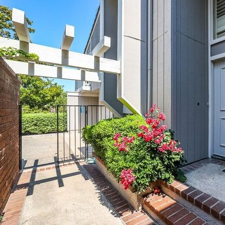 Rent this 3 bed townhouse on 8 Rocky Knoll in Irvine, CA 92612