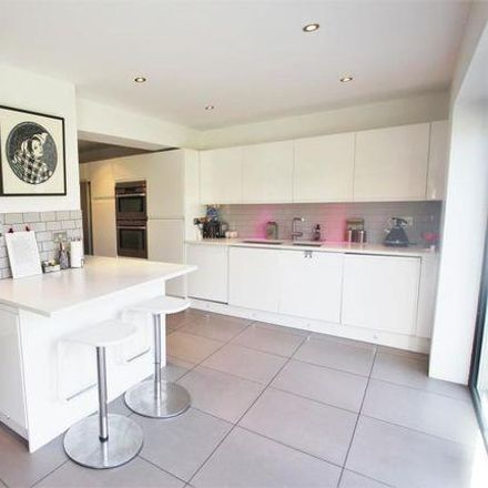 Rent this 5 bed house on Grosvenor Road in Surrey Heath GU24 8DZ, United Kingdom