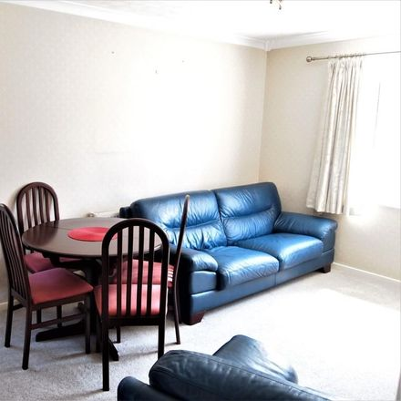 Rent this 2 bed house on Sandall View in Rotherham S25 3UB, United Kingdom