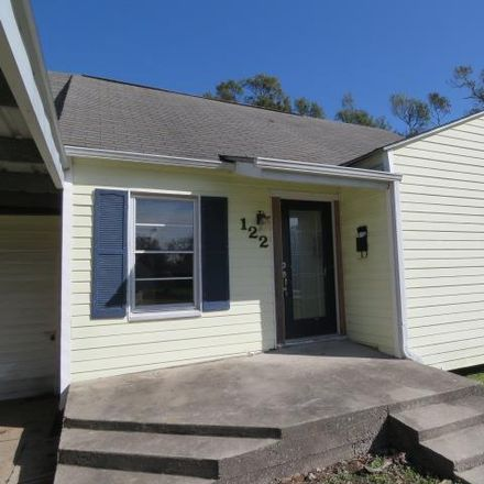 Rent this 3 bed house on 122 Hilldale Drive in Nederland, TX 77627