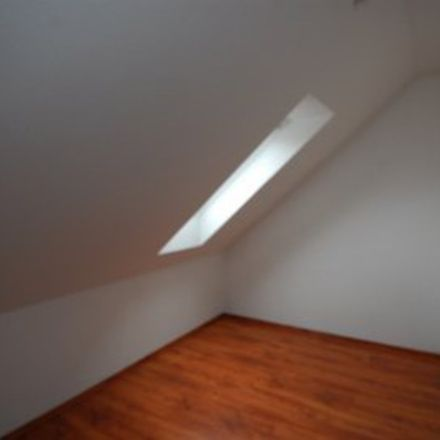Rent this 3 bed loft on 99974