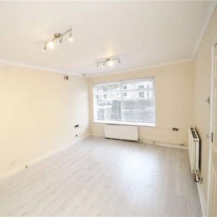Rent this 2 bed apartment on Whitworth Road in London SE25 6XJ, United Kingdom