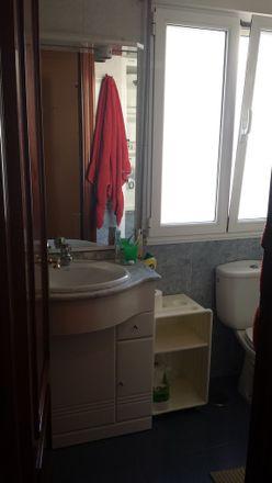 Rent this 3 bed room on Calle Guevara in 20, 39001 Santander