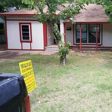 Rent this 3 bed house on Mullins Ave in Lewisville, TX