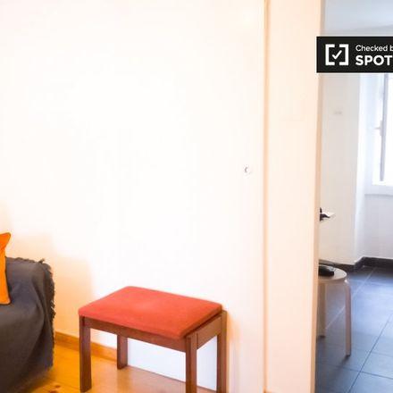 Rent this 1 bed apartment on Rua de São João da Mata 154 in 156, 158