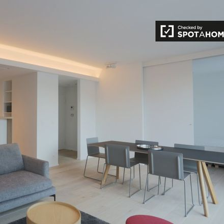 Rent this 1 bed apartment on Rue de la Grosse Tour - Wollendriestorenstraat 1 in 1000 Ixelles - Elsene, Belgium