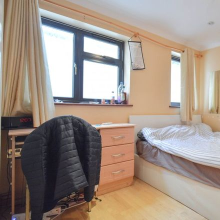Rent this 3 bed apartment on Langley Road in London TW7 5AQ, United Kingdom
