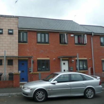 Rent this 3 bed house on 34 Reilly Street in Manchester M15 5NB, United Kingdom