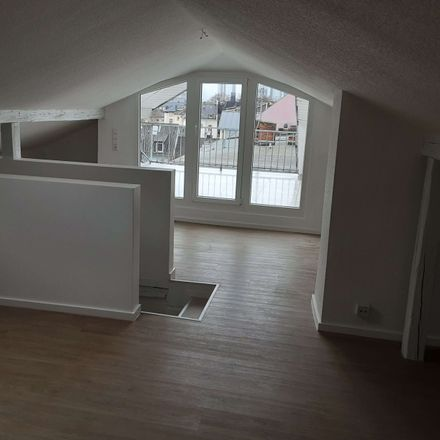 Rent this 5 bed duplex on Berger Straße 28 in 60316 Frankfurt, Germany