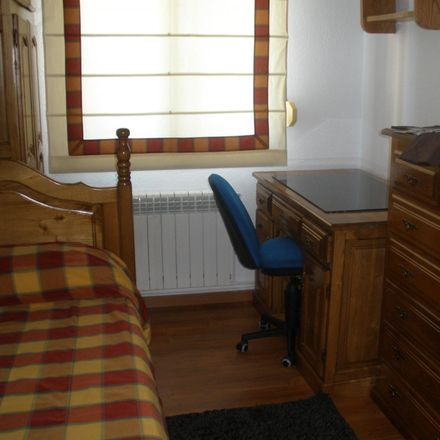 Rent this 3 bed room on Bajada del Polio in 3, Santander