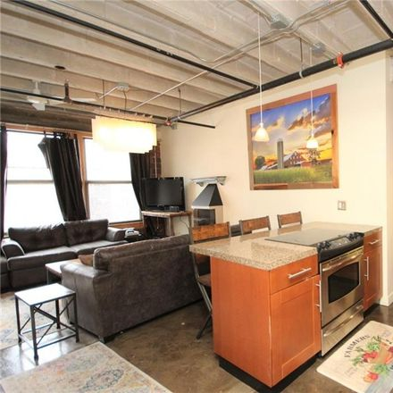 Rent this 1 bed apartment on 112 11th Street in Des Moines, IA 50309