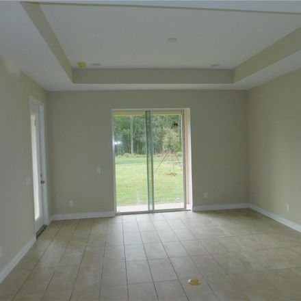 Rent this 4 bed house on Spanish Cir in Tampa, FL