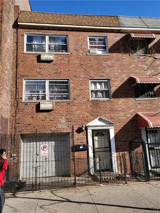 Rent this 0 bed apartment on 1108 Stratford Avenue in New York, NY 10472