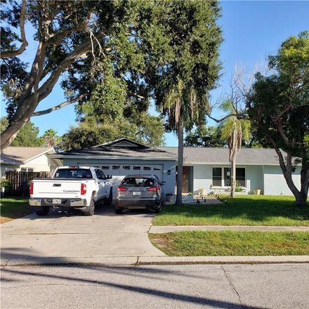Rent this 3 bed house on 13445 Coronado Drive in Seminole, FL 33774
