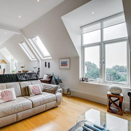 Rent this 3 bed apartment on 4 Redington Road in London NW3 7RG, United Kingdom