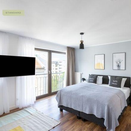 Rent this 1 bed apartment on Mädchenitaliener Wein & Feinkost in Mulackstraße 1, 10119 Berlin