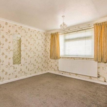 Rent this 3 bed house on Asda Automatic Car Wash in Severn Way, Kettering