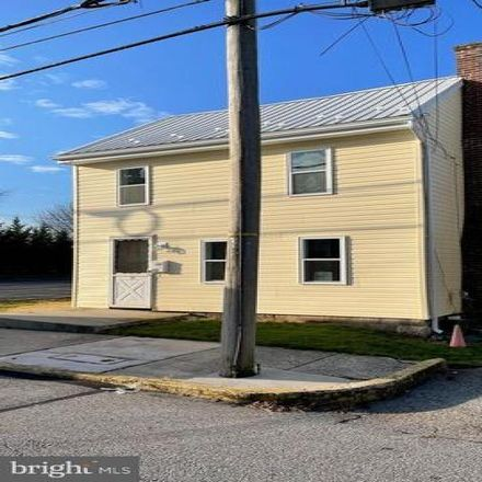 Rent this 3 bed house on Lough Alley in New Oxford, PA 17350