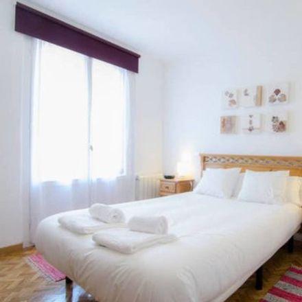 Rent this 3 bed apartment on Plaza de Santo Domingo in 12, 28013 Madrid