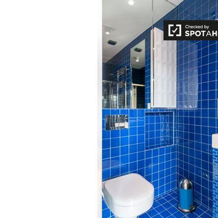 Rent this 1 bed apartment on Klein Kasteeltje - Petit Chateau in Rue de Passchendaele - Passendalestraat, 1000 Ville de Bruxelles - Stad Brussel