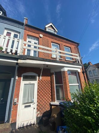Rent this 3 bed house on 25 Ash Grove in London NW2 3LL, United Kingdom