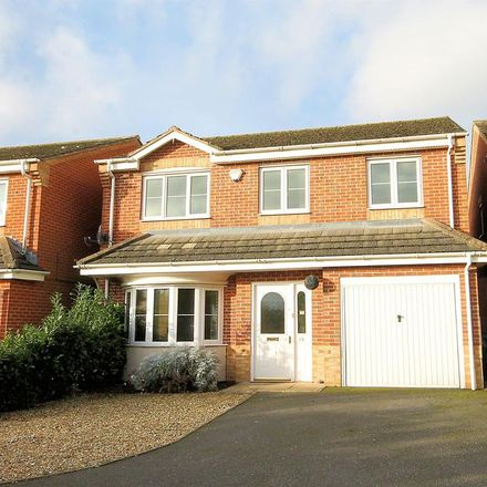 Rent this 4 bed house on Croft Avenue in Tamworth B79 8AY, United Kingdom