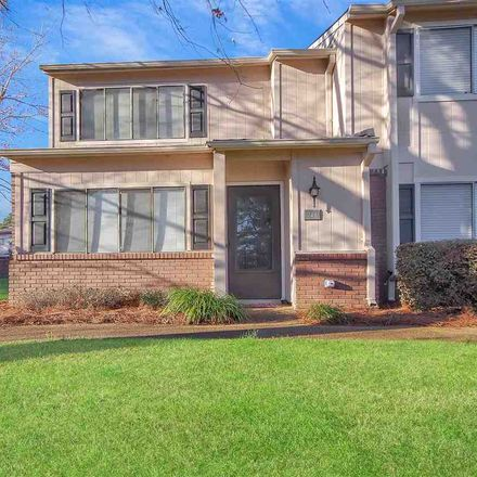 Rent this 2 bed townhouse on 219 Lakebend Circle in Brandon, MS 39042