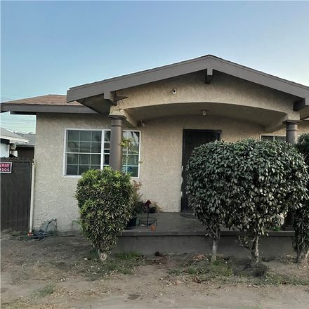 Rent this 3 bed house on 332 East 64th Street in Los Angeles, CA 90003