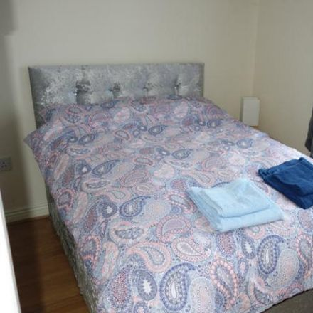 Rent this 1 bed apartment on Christchurch Square in High Street, The Liberties