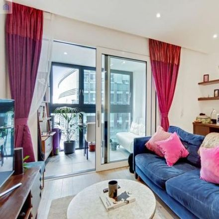 Rent this 1 bed apartment on Wiverton Tower in 4 New Drum Street, London E1 7AS