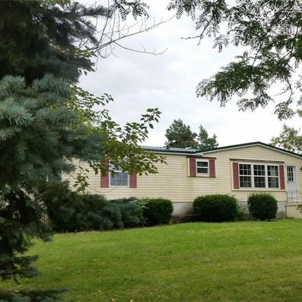 Rent this 3 bed house on 6059 Gosier Rd in Cape Vincent, NY