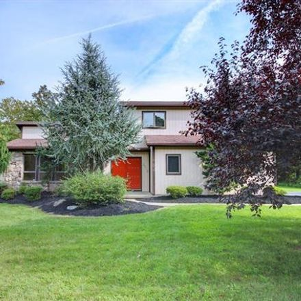 Rent this 3 bed house on Crest View Dr in Allentown, PA